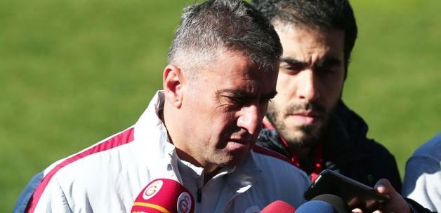 Sneijder ve Denizli'yi bombaladı
