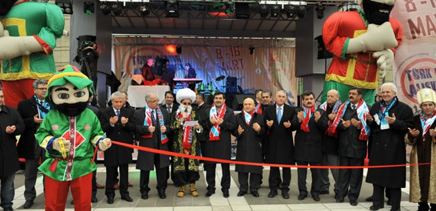 Türk dünyası alışveriş günleri coşkulu başladı