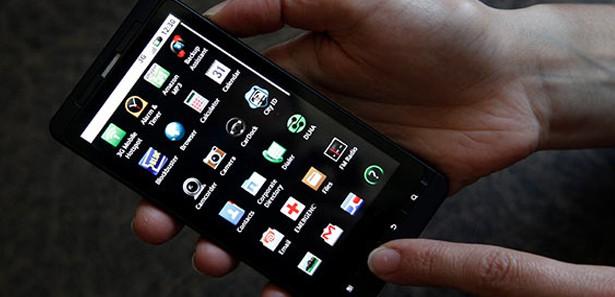 Vestel akıllı cep telefonu üretimine başlıyor