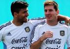 Agüero'dan Messi'ye: 'Gel birlikte çay içeriz'