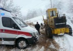 Ambulans kar nedeniyle hastaya 4 saatte ulaşabildi