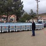 Akharım Belediyesine hibe edilen çöp konteynerleri teslim edildi