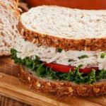 Haşlanmış tavuklu sandviç tarifi