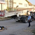 Çorum'da kamyon ile motosiklet çarpıştı: 1 ölü