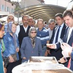 Burdur Belediyesinden aşure dağıtımı