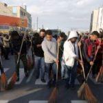 İran'da sokakları süpürme cezası