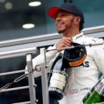 Çin'de Lewis Hamilton rüzgarı!
