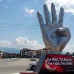 """Düzce Belediye Başkanı'ndan """"Rabia heykeli"""" açıklaması"""