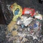 Evleri yangında hasar gören aile yardım bekliyor
