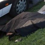 Sürücüler yol kenarında cesedini buldu!