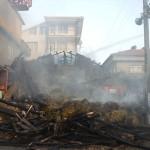 Simav'da kahvehanede yangın