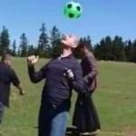 Bakan Soylu futbol dersi verdi