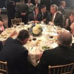 Trump yerinden kalkıp Erdoğan'ın yanına geldi