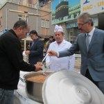 Turhal Belediyesi 3 bin kişiye aşure dağıttı