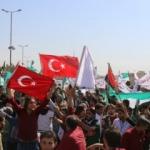 TSK'ya İdlib'de Türk bayraklı destek