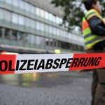 Almanya'da bıçaklı saldırı! Yaralılar var...