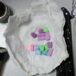 Uyuşturucu almak için 15 çuval nohut çaldılar