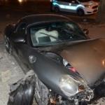 Bağdat Caddesi'nde bir araç yayalara çarptı
