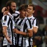 Juventus Hakanlı Milan'ın fişini çekti!