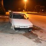 Sinop'ta otomobil bariyerlere çarptı: 1'i bebek 4 yaralı