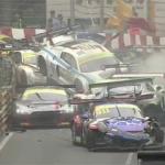 Akıl almaz kaza! 12 araç birden...