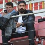 Servet Çetin o futbolcuyu izledi!