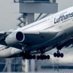 Almanya merkezli uçak İstanbul'a acil iniş yaptı