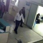 Ambulansla getirildiği hastanede hırsızlık yaptı!