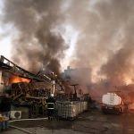 Adana'da kullanılmayan fabrikada yangın