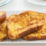 Fırında yumurtalı ekmek kızartması tarifi! Yağ çekmeden pişirme yöntemi...