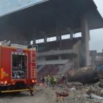Yıkımı süren Avni Aker Stadı'nda yangın çıktı!