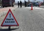 İzmir'de otomobiller çarpıştı: 4 yaralı