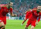 Bale zirveye taşıdı!