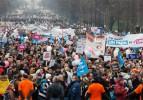 Eşcinsel evliliği protesto eden 250 kişi tutuklandı