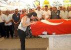Eski milletvekili Çınar toprağa verildi