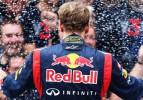 Vettel, üst üste 3'üncü yarışını kazandı