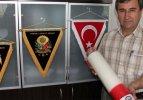 Gül'ü ve Erdoğan'ı kırmızı mumla davet edecekler