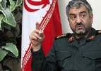İran: İsrail yıkıcı yıldırımı beklesin
