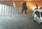 İstanbul'da cinayet anı kamerada!