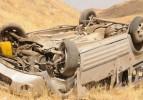 Kayseri'de araç uçuruma yuvarlandı