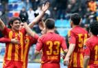 Kayserispor Mersin'e acımadı! 2-1
