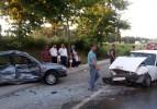 Köpeğe çarpmamak için kaza yaptı: 5 yaralı