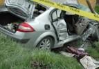 Minibüs ile otomobil çarpıştı: 18 yaralı