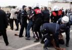 Şanlıurfa'da polis ile köylüler birbirine girdi